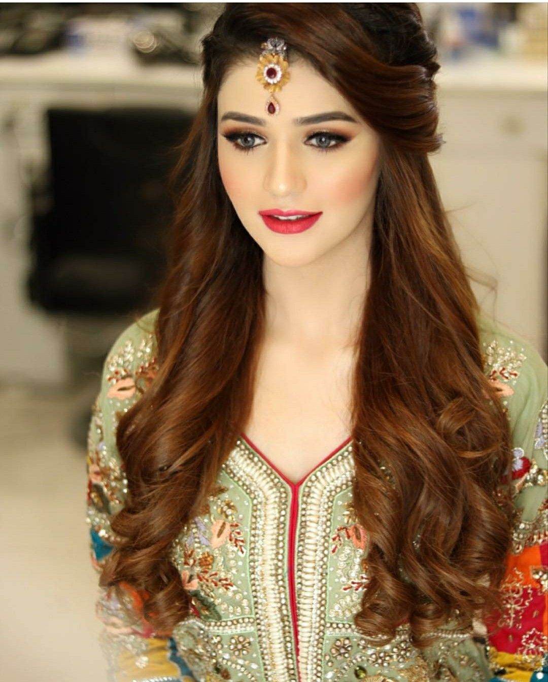 Hairstyles Pakistani Waleema: Pin By Mano👸 On Wadding's In 2019