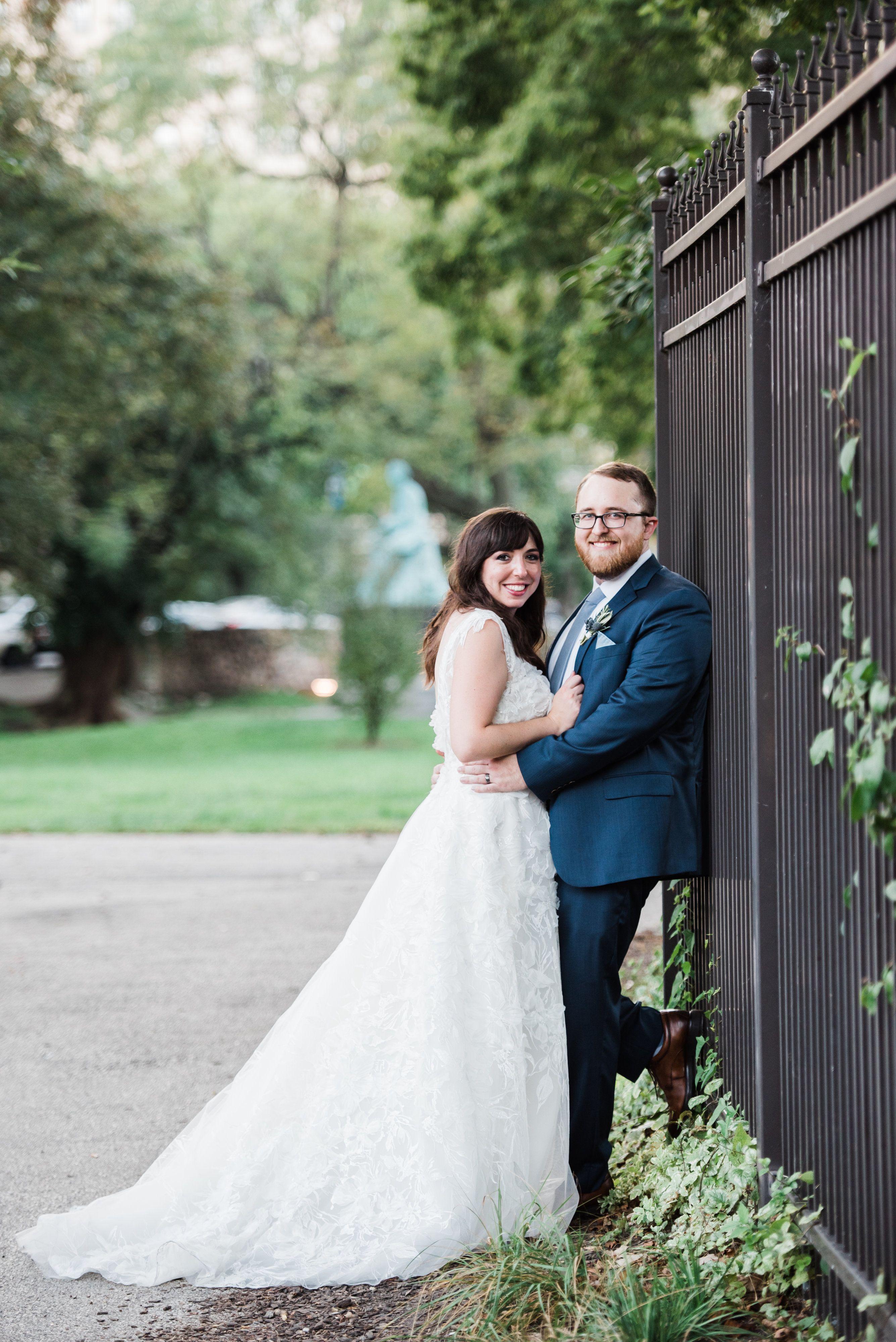 Cafe Brauer Chicago Wedding Wedding Photography Poses Wedding