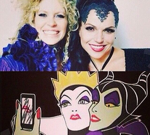 Maleficent and The Evil Queen. This is just... Hahahhaha I can't stop laughing!!!!!!