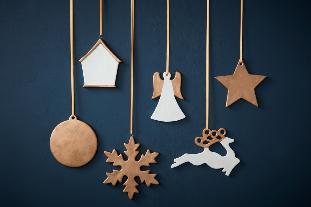 How to Make Gold Ceramic Christmas Decorations #christmas #decoration # ceramic #gold #simple #easy - How To Make Gold Ceramic Christmas Decorations Wreaths Pinterest