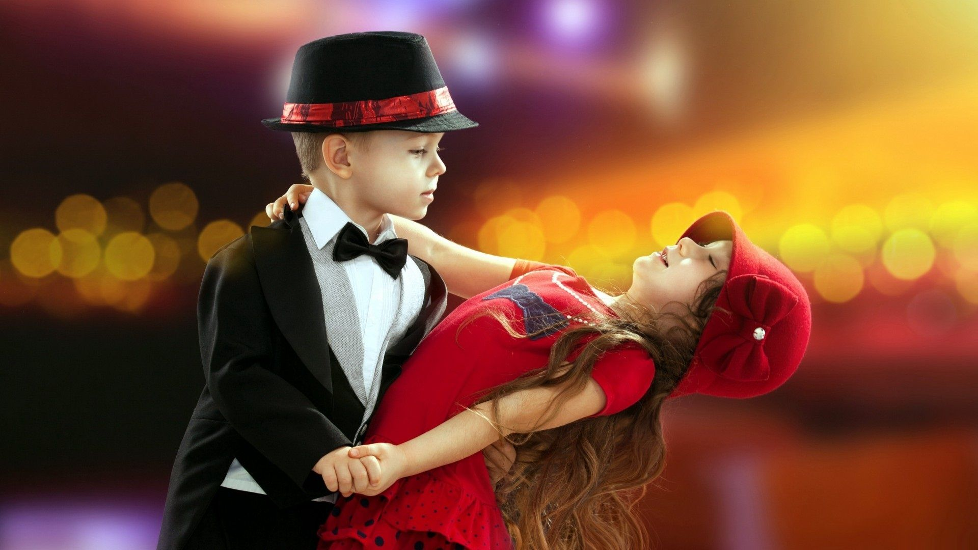 Wallpaper download girl and boy - Download Cute Little Boy And Girl Dancing Together Hd Widescreen Wallpaper
