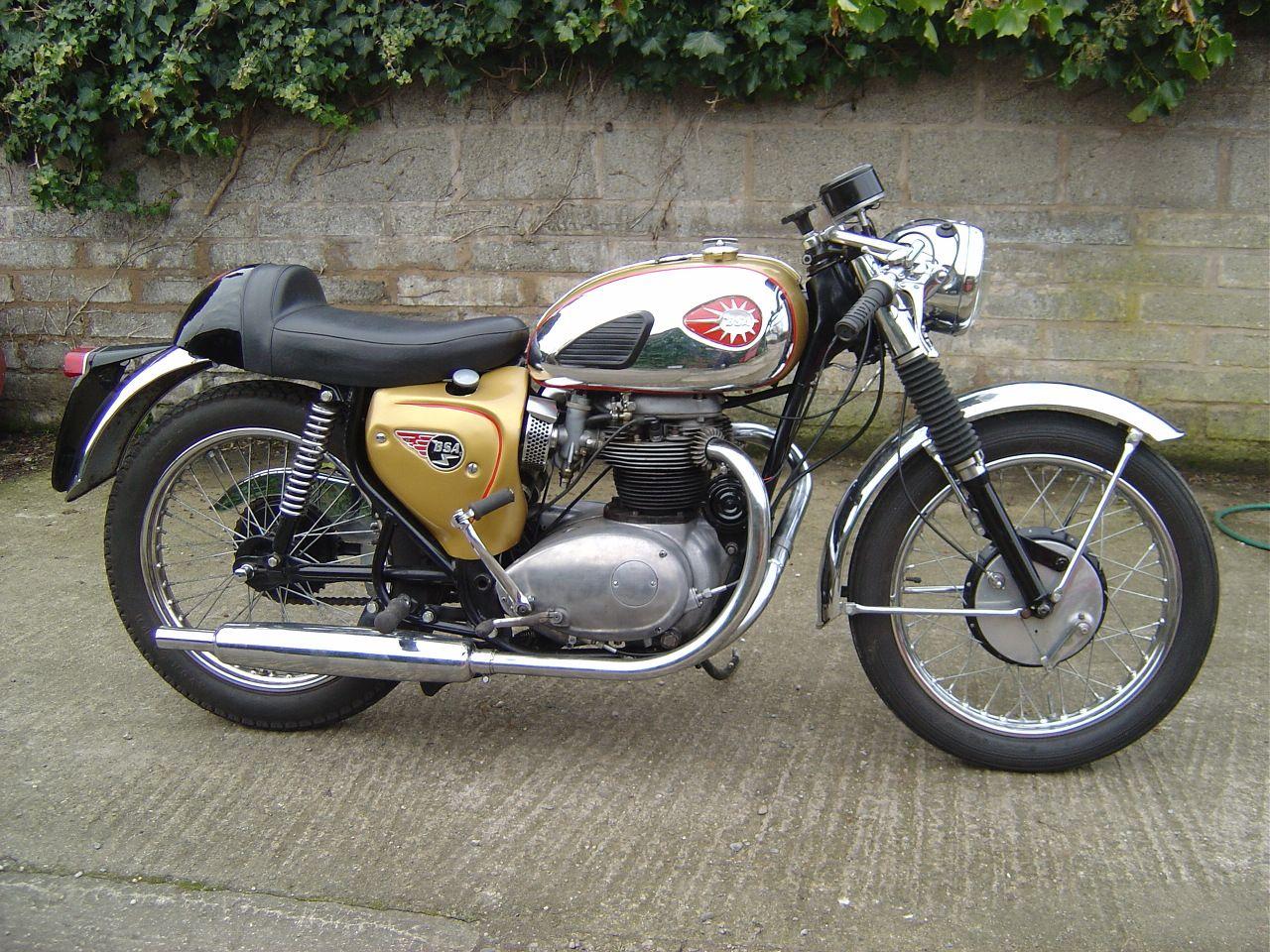 Bsa motorcycles bsa 650cc lightning clubman 1965 production racer