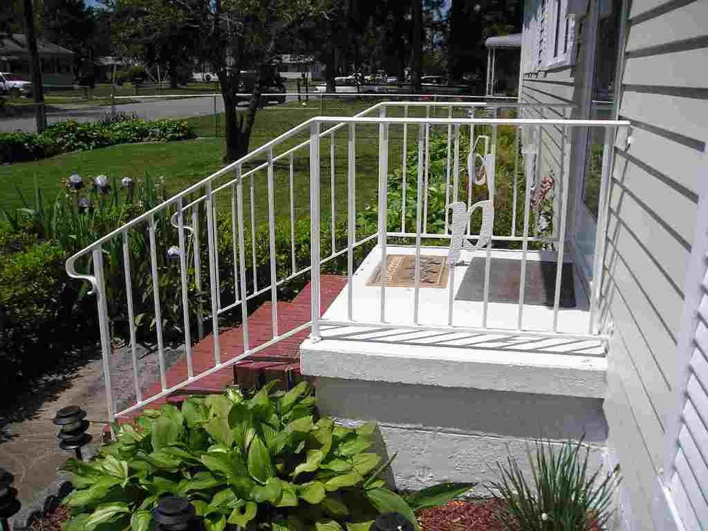 Best Exterior Pretty Wrought Iron Porch Railing Ideas Best 400 x 300