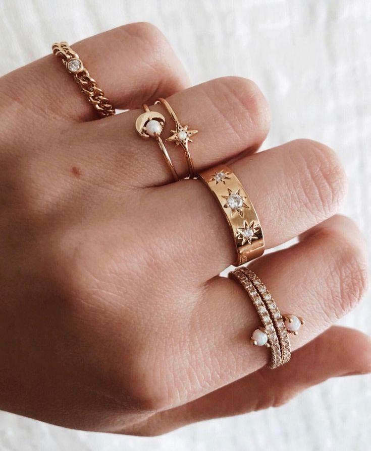 Nadia ring