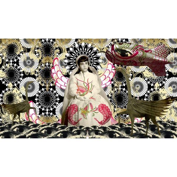 Esta serie de collage digital, muestra cinco ritos de paso. Estos ritos culturales ponen en evidencia el cambio de un estado a otro.