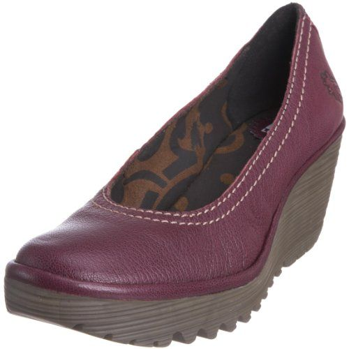 489badfb1527 Amazon.com  FLY London Women s Yoni Wedge Pump  Shoes