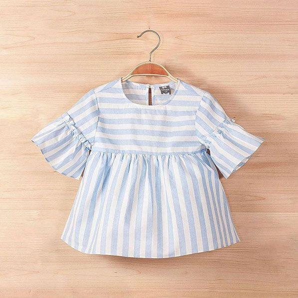 8c9c3fdec Blusa para niñas con rayas blanco y azul. De la colección brisa de la firma