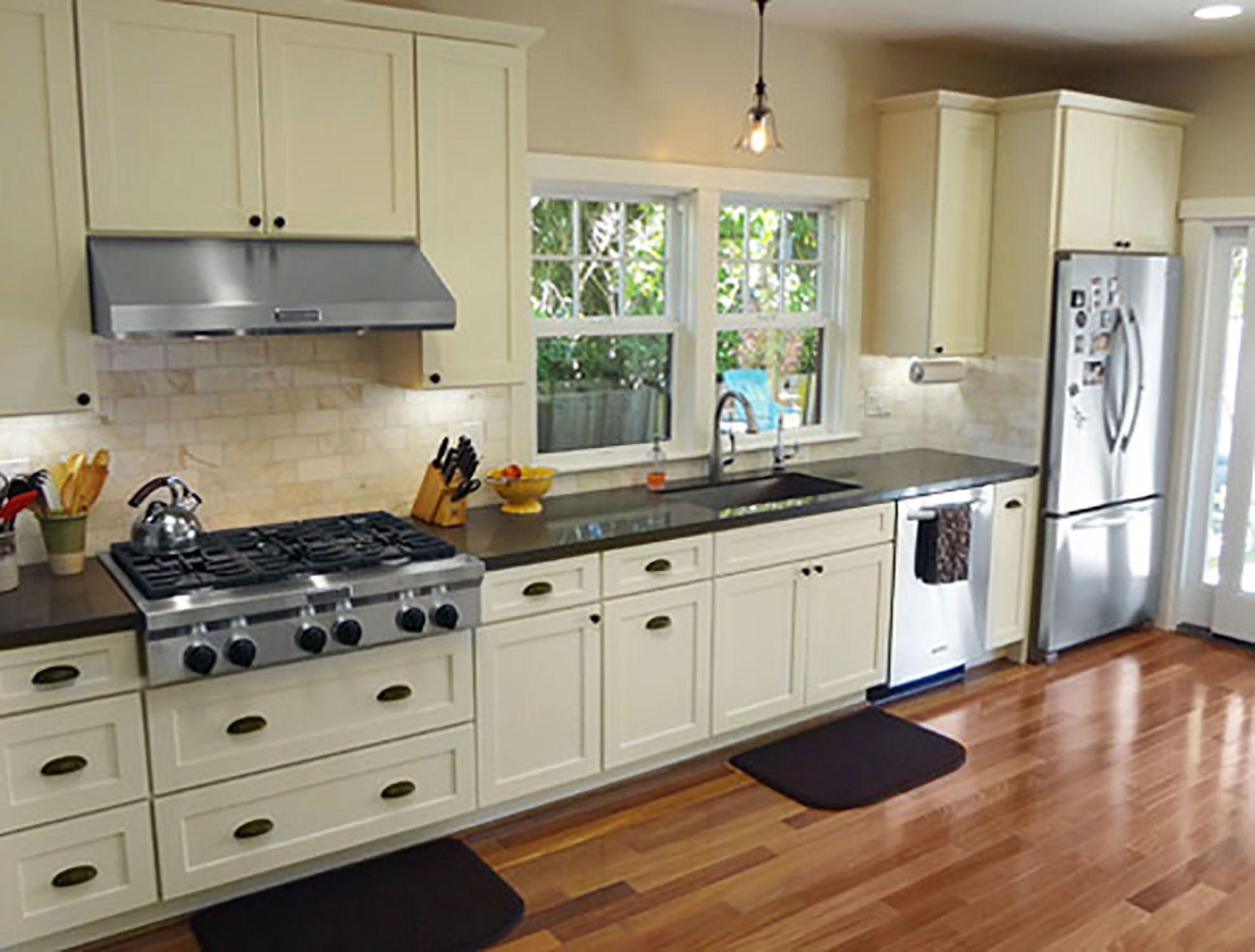 Best White Shaker Cabinets Kitchen Remodeling Shaker Kitchen 640 x 480