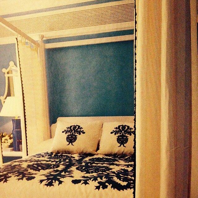 A master in the bedroom - John Stefanidis. No. 1