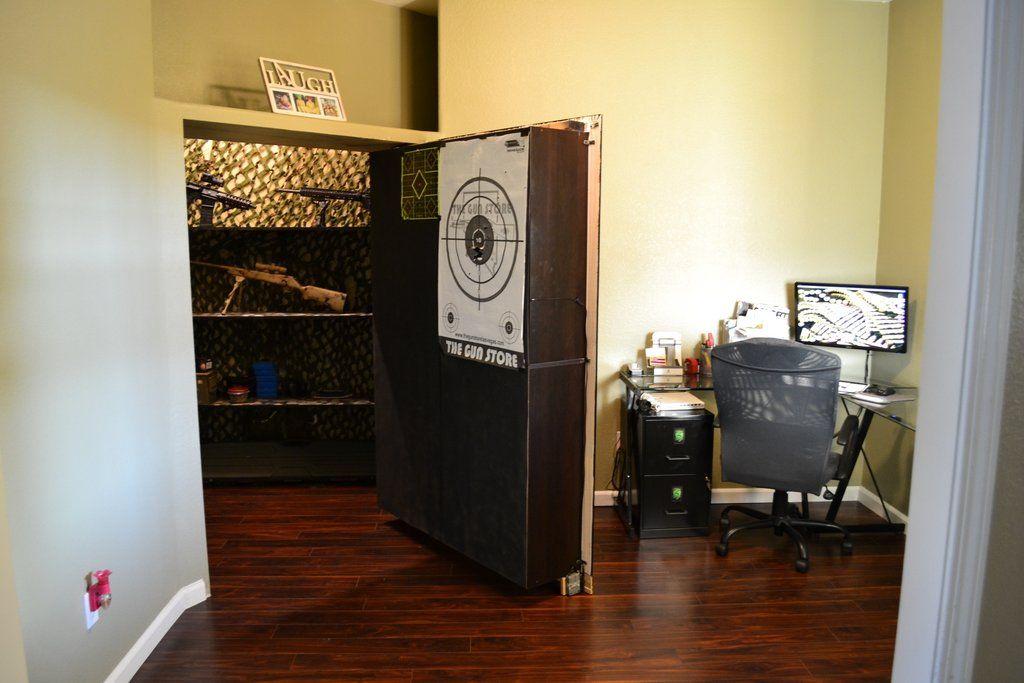 Secret Bookshelf Door Opens to Gun Storage / Zombie apocalypse ...