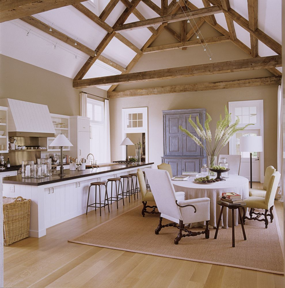 An Inside Look at the Barefoot Contessa\'s Barn | Cocinas, Bellisima ...