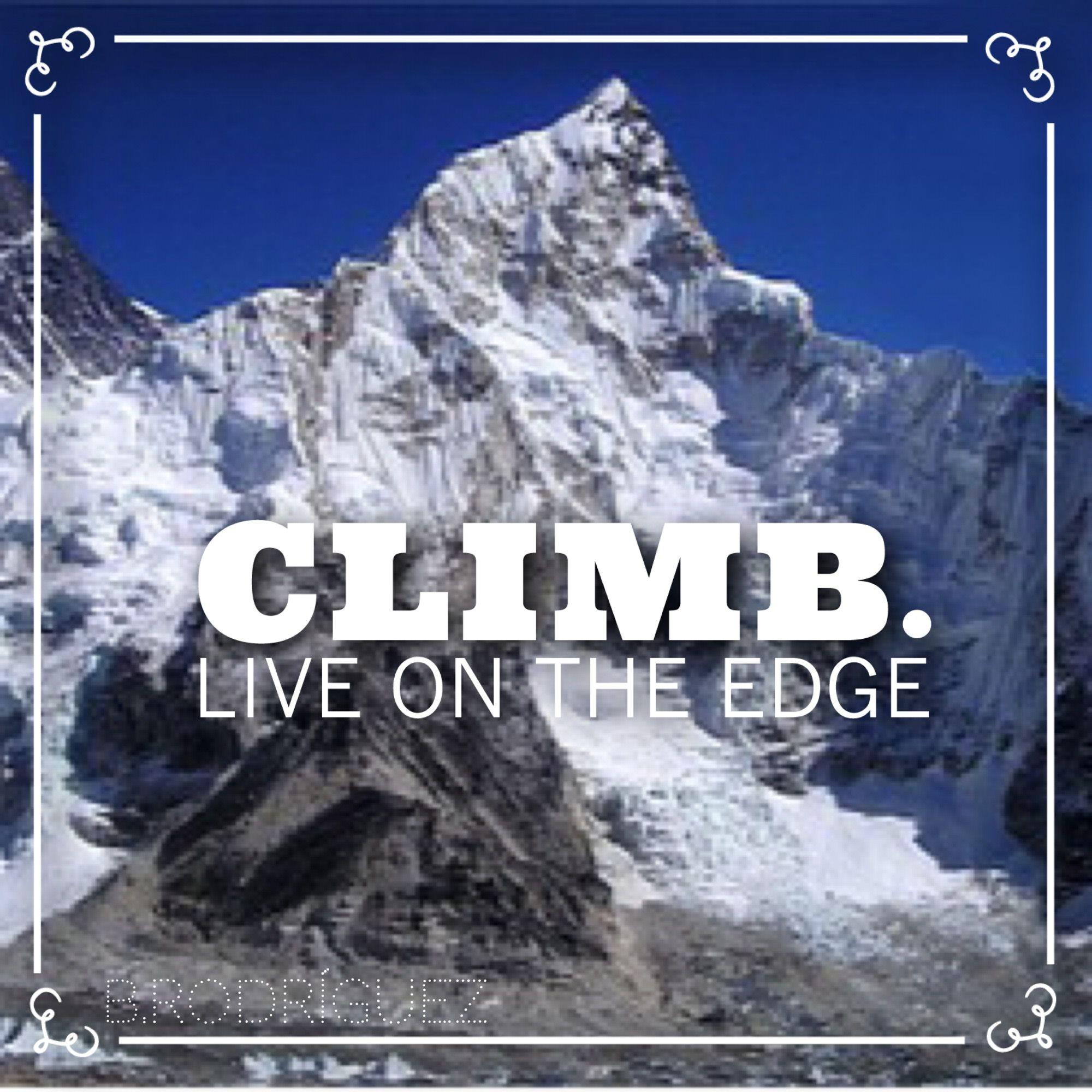 """""""Monte Everest, me has vencido esta primera vez. Pero te conquistaré el proximo año, por una razón muy simple: tu ya has llegado al maximo de tu estatura, mientras que yo todavia estoy creciendo!""""- Edmund Hillary  Cada uno de nosotros tiene su propio Everest que escalar. Recuerda que ya lo conoces y no puede crecer mas. Ahora te toca a ti crecerte ante el. No le des poder! #connectwithyourmisma #blog #share"""