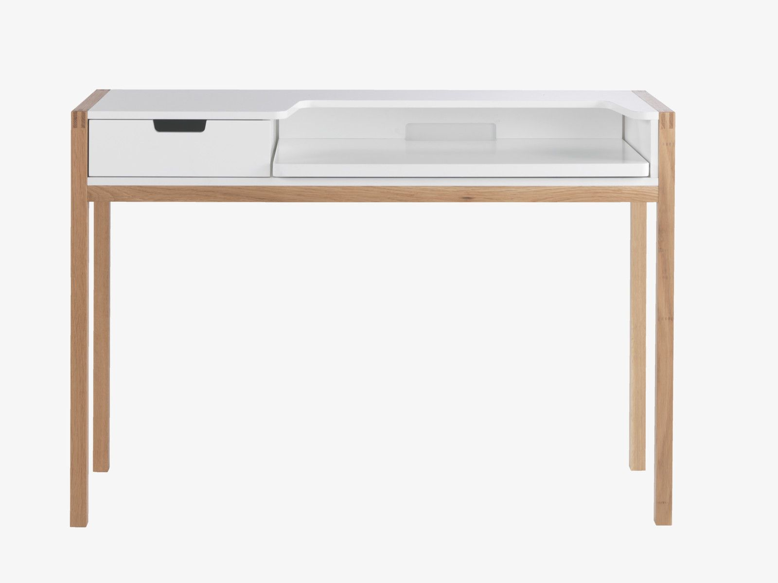 QUINT White desk with pull out laptop shelf and drawers