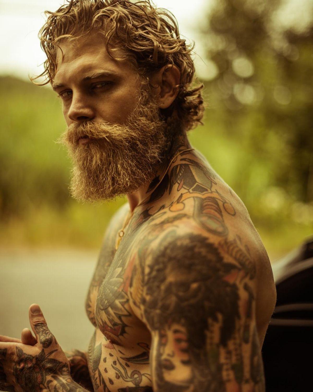 Barba Lenhador Saiba Tudo Sobre Este Estilo Rustico Marco Da Moda Estilos De Cabelo E Barba Barba Sem Bigode Barba E Cabelo