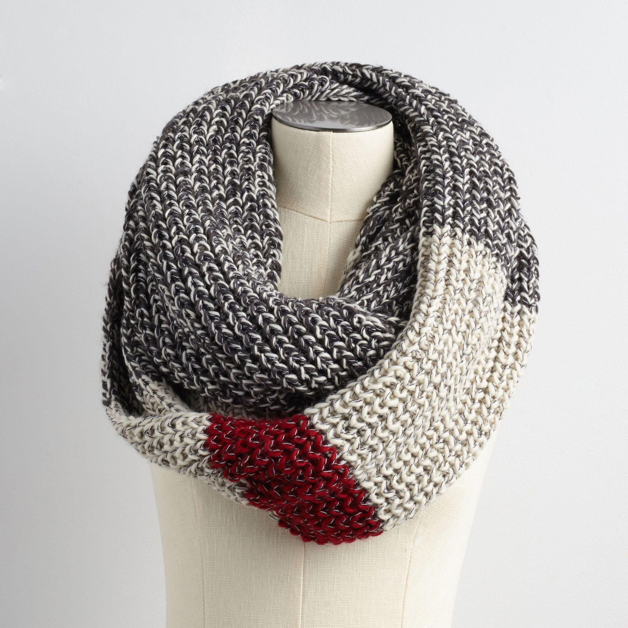 Chunky Cabin Infinity Scarf | Roots Canada | WinterStyle | Pinterest ...