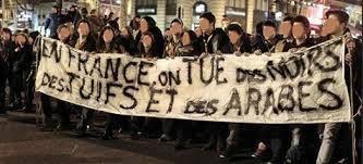 L'idéologie raciste progresse globalement dans la société française. L'antisémitisme, que certainEs ont considéré à tort comme résiduel et en voie de disparition en France suite à la seco...