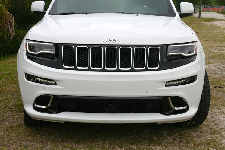 2014 Jeep Grand Cherokee Srt Blacked Out Grill