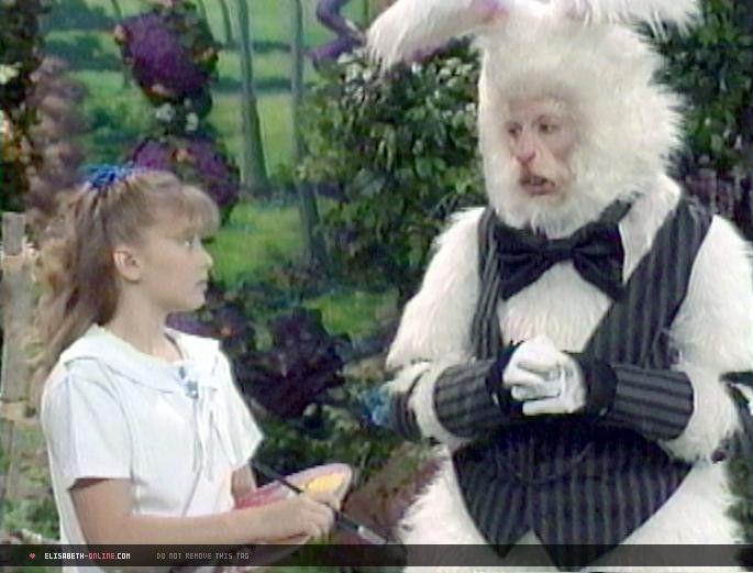 Alice And The White Rabbit On Rollerblades On Disney -7906