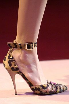 Fall 2004 Ready-to-Wear Emanuel Ungaro