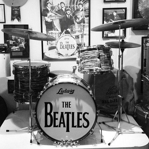 ringo starr 39 s drum kit drum kits gretsch drums drums ludwig drums. Black Bedroom Furniture Sets. Home Design Ideas