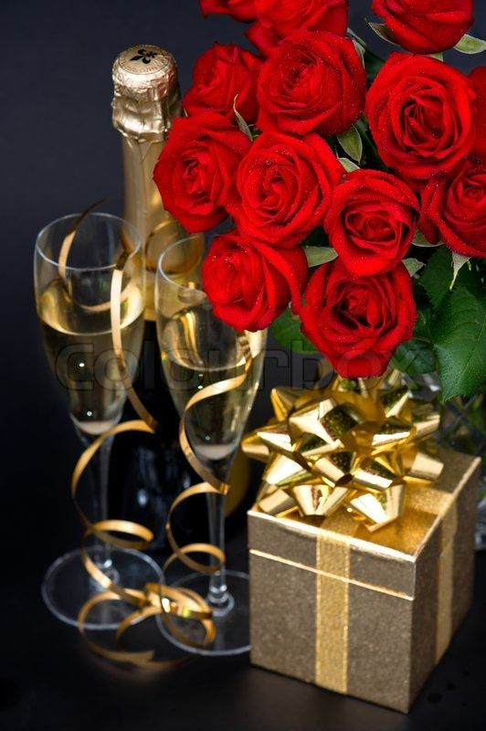 4534253 Red Roses Golden Gift And Champagne