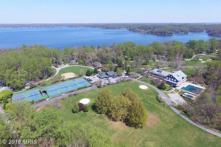 homes for sale in annapolis md with pool