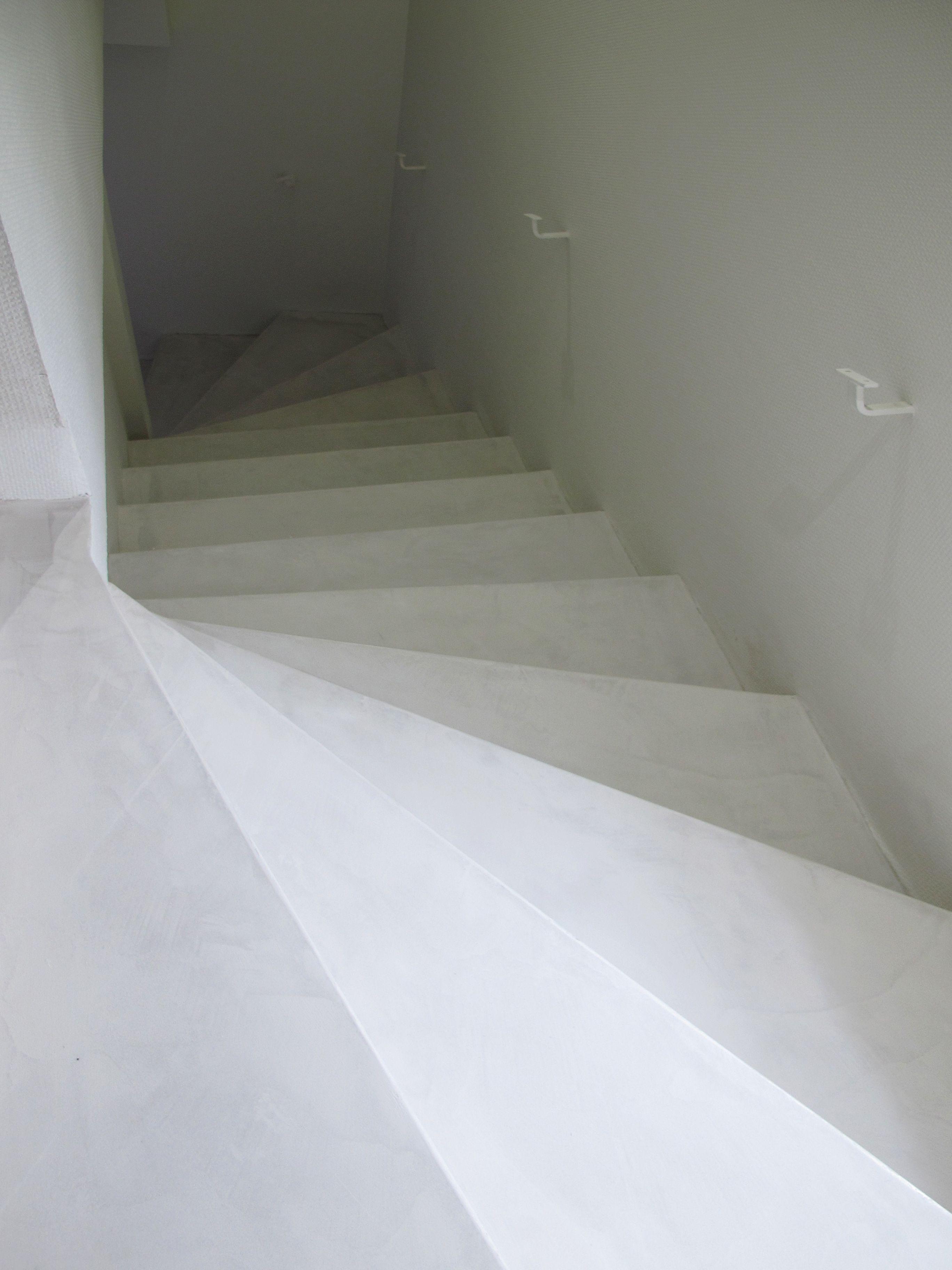 escalier beton cir blanc escalier beton cir blanc en 2019. Black Bedroom Furniture Sets. Home Design Ideas