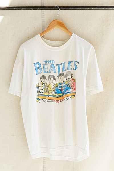 03c8e281024 Vintage The Beatles Band Tee Beatles Shirt, Beatles Band, Vintage Graphic  Tees, Vintage