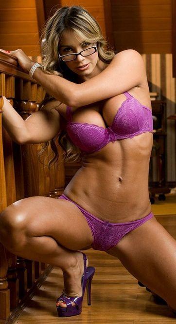 Sexy Latina Milf 2