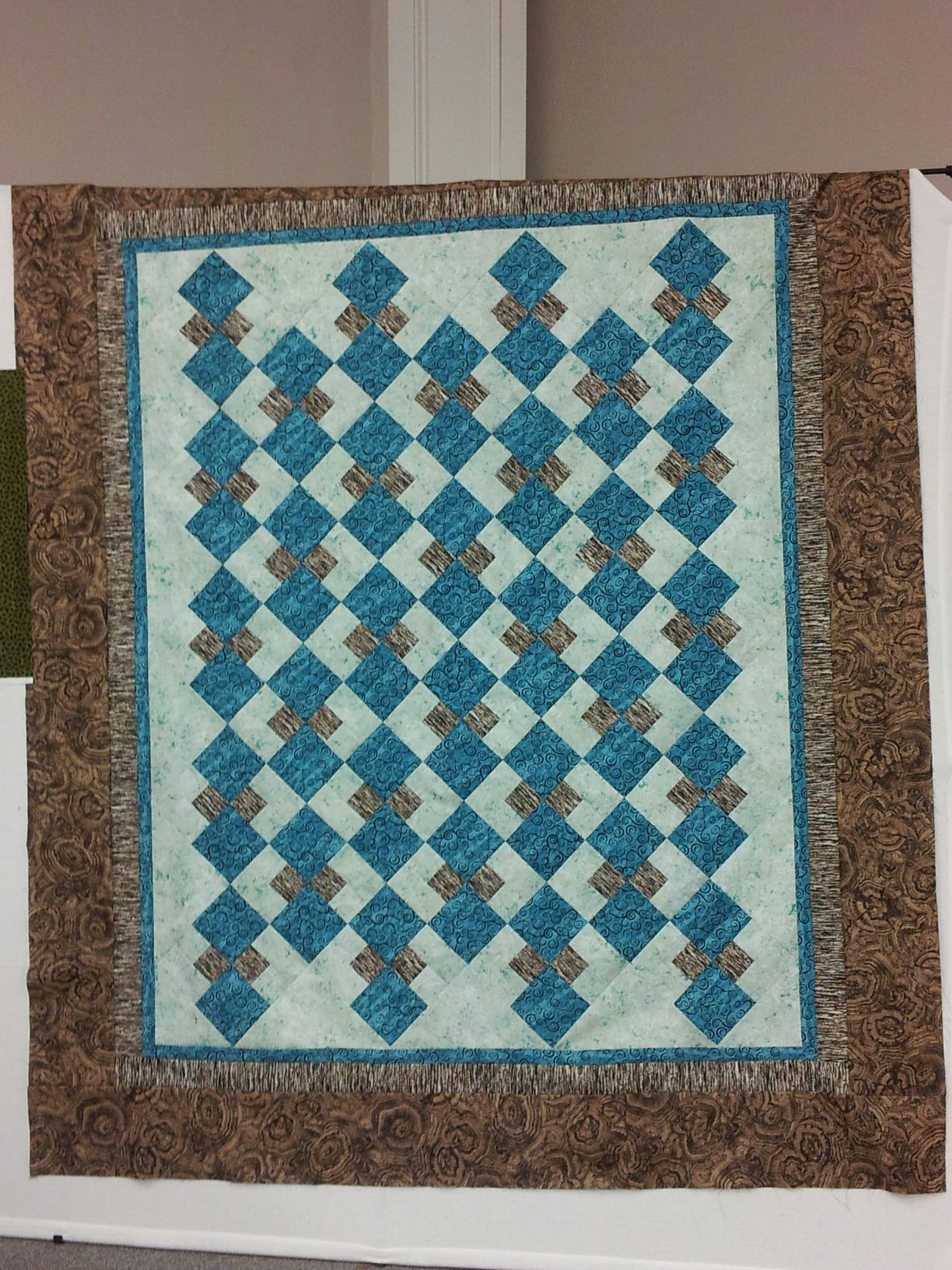 A quilt from Jennifer Chiaverini's Elm Creek Quilters' book The ... : the giving quilt book - Adamdwight.com