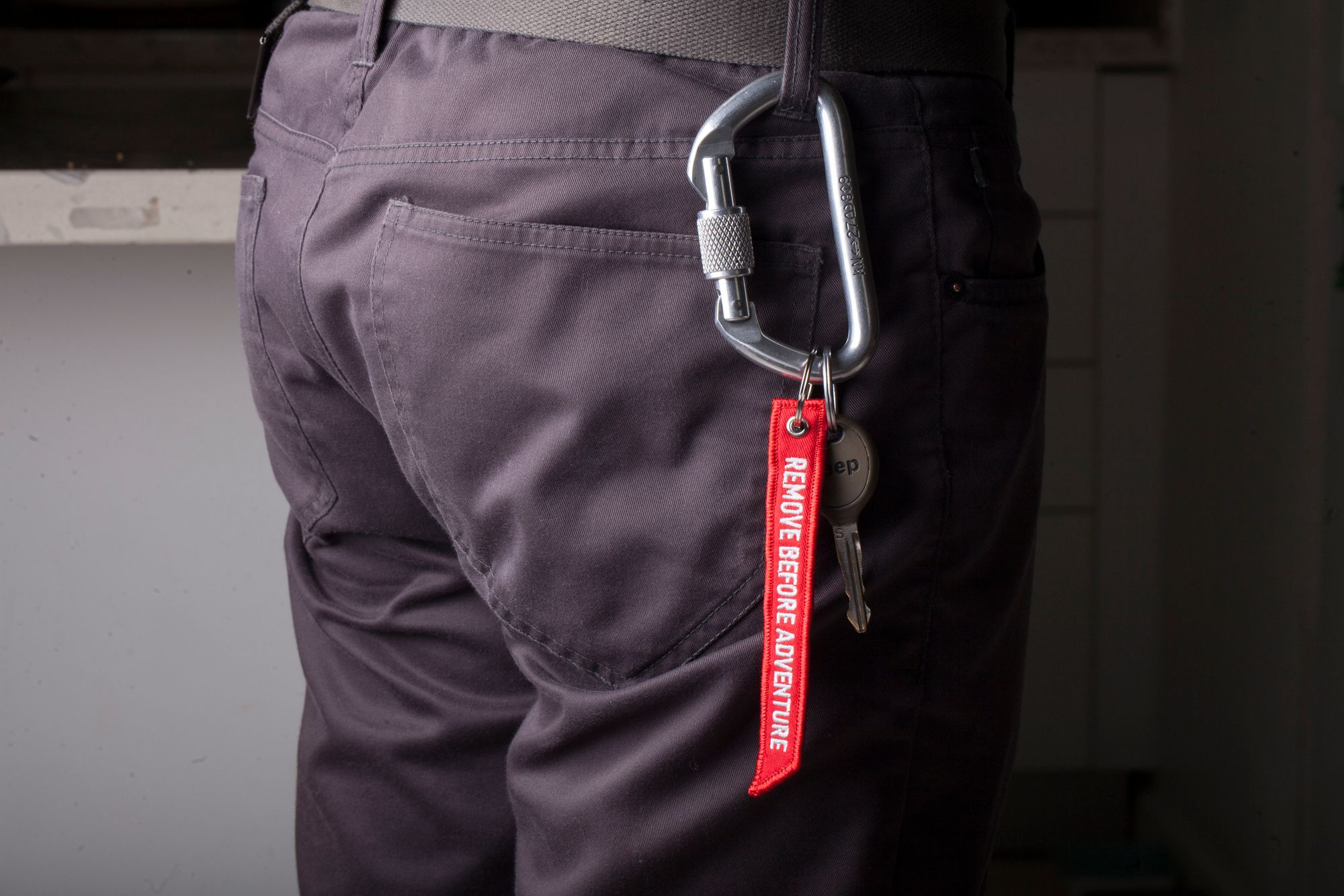 Remove Before Adventure Red Key Tag How To Remove Carabiner Wrangler Jl
