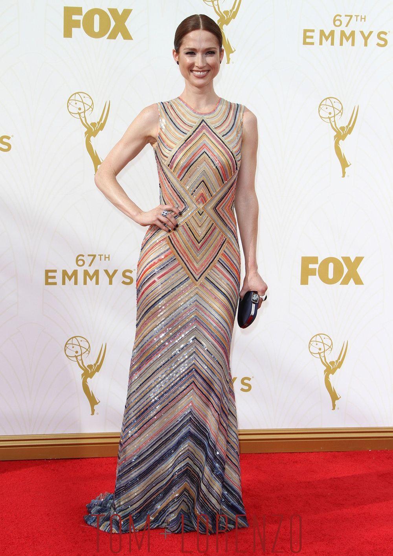 Ellie-Kemper-2015-Emmy-Awards-Red-Carpet-Fashion-Naeem-Khan