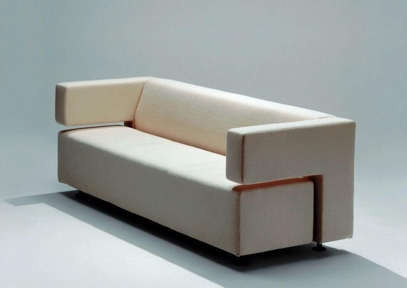 Feminine Minimalist Decor Modern minimalist bedroom furniture house