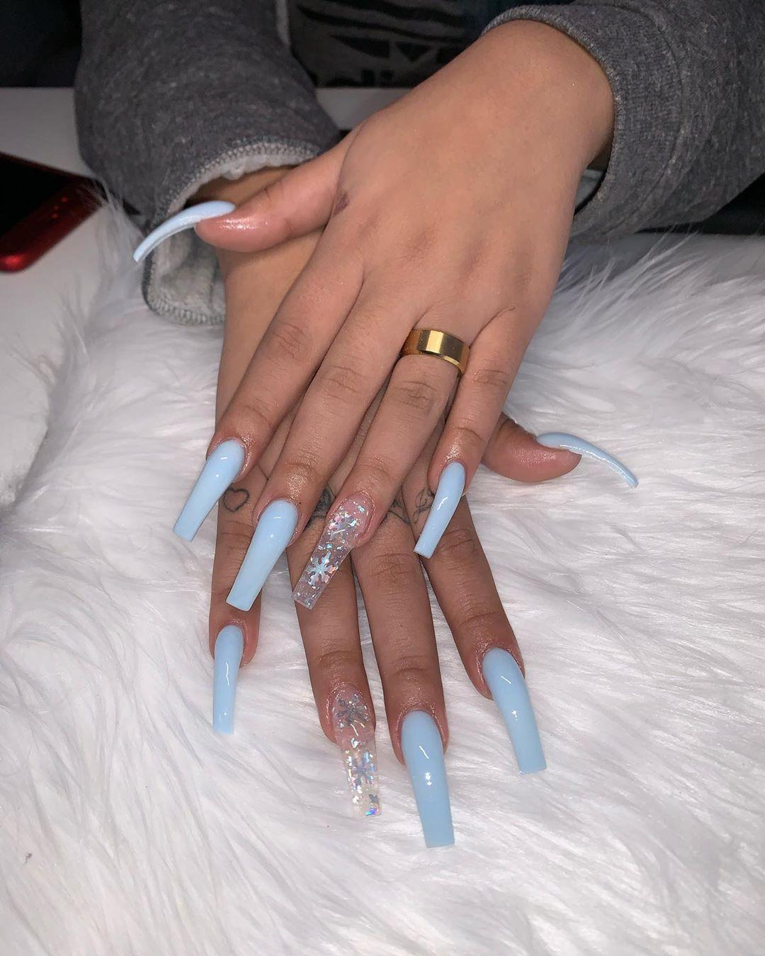 Des On Instagram Iceyyyyyyy Aesthetic Acrylic Nails Fig Blog In 2020 Blue Acrylic Nails Long Acrylic Nails Acrylic Nails