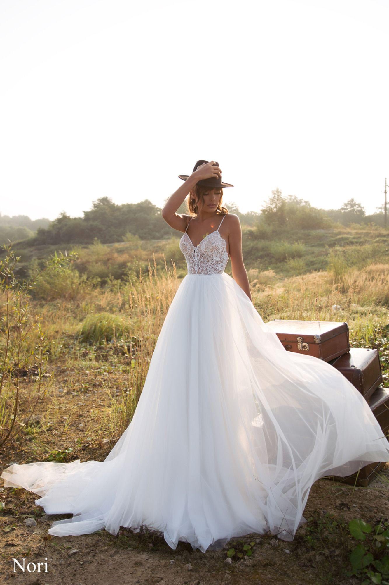 Hochzeitskleider in A Linie
