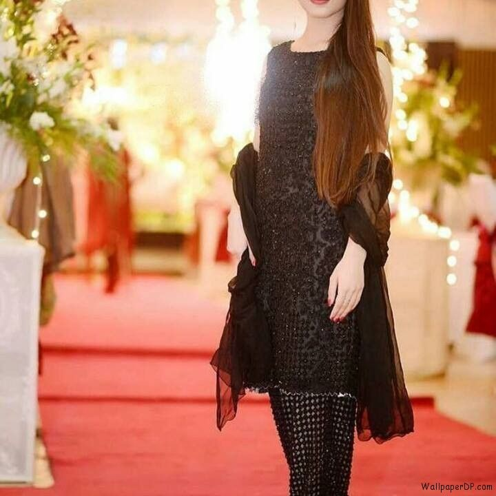 Image For Cute Girl In Black Dress Dp For Facebook Hd Download Party Dress Classy Girls Black Dress Beautiful Pakistani Dresses