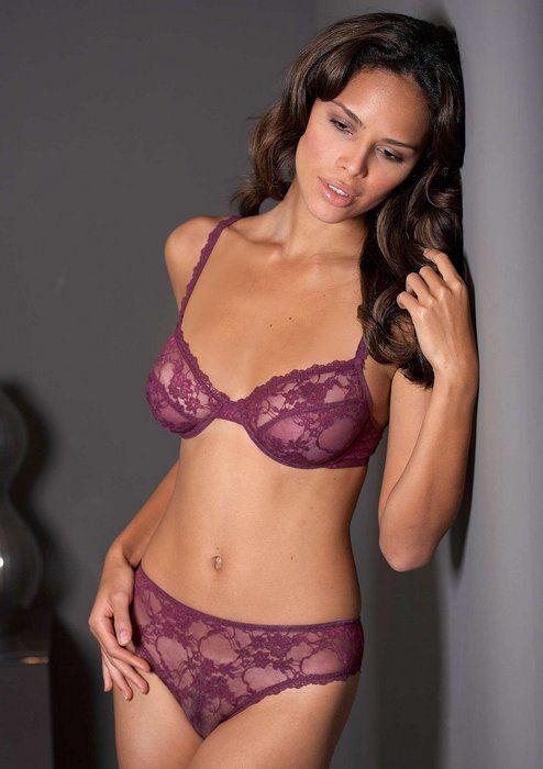 მოდელი Ana Cunha (50 ფოტო) | Bra and panty sets | Pinterest