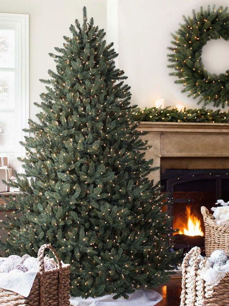 15 Artificial Christmas Trees That Look Like the Real Deal
