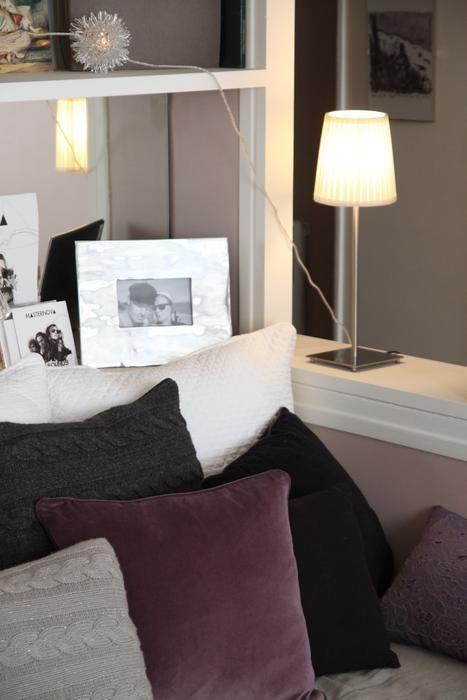 Déco Salon Blanc Aubergine Romantique // Http://Www.Deco.Fr/Photo
