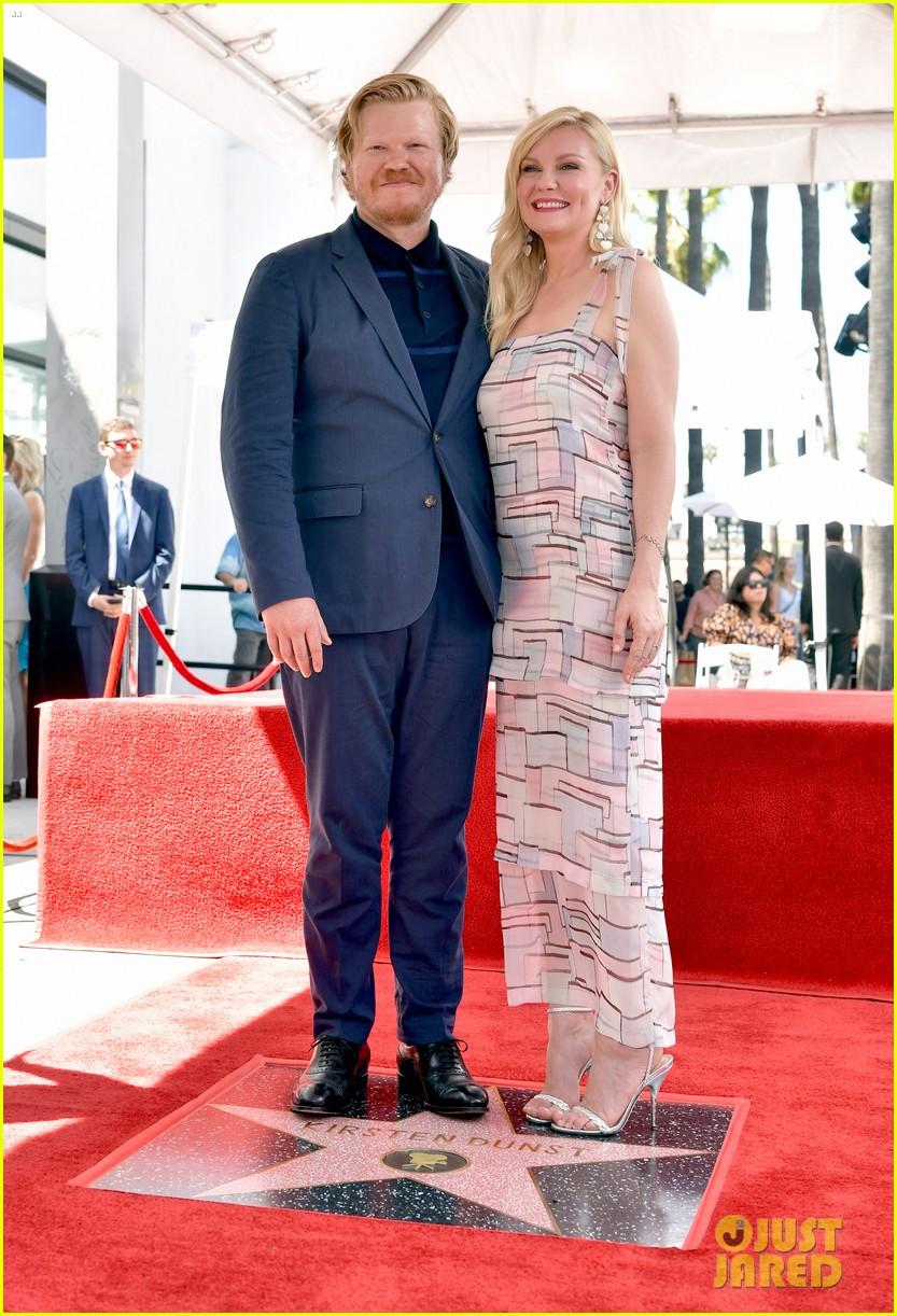 Pin By Carolyn Landi On Red Carpet Style Kirsten Dunst Walk Of Fame Hollywood Walk Of Fame Star