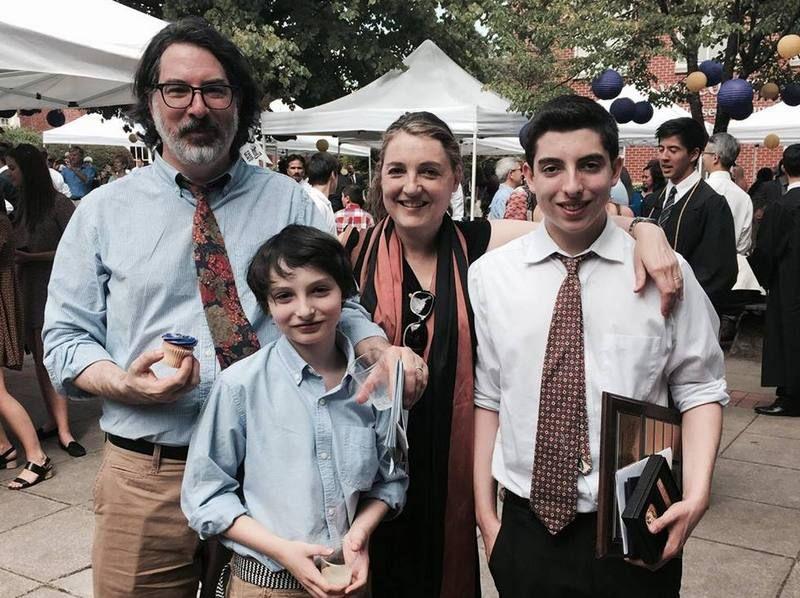 Star Finn Wolfhard's Family: Girlfriend, Siblings, Parents   Nick ...