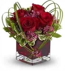 rosen rot gr ser b ro valentine floral arrangements ischgestecke blumen gestecke. Black Bedroom Furniture Sets. Home Design Ideas