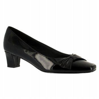 Easy Street Chance Shoes (Black Pat/Sm) - Women's Shoes - 6.0 2A