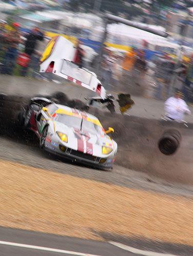 24 Hours Of Le Mans 2010 Ford Gt 70 Crash Le Mans Ford Gt
