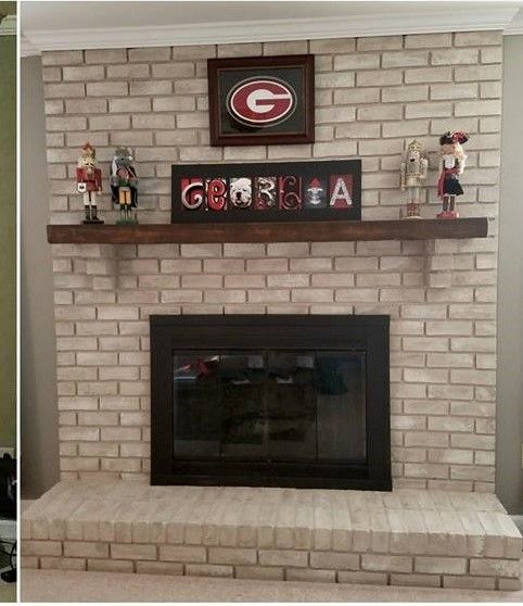 Tessa recently sent us pictures of her old brick fireplace makeover using our Brick-Anew paint kit and we were thrilled to see her results!  Not only did her fireplace turn…
