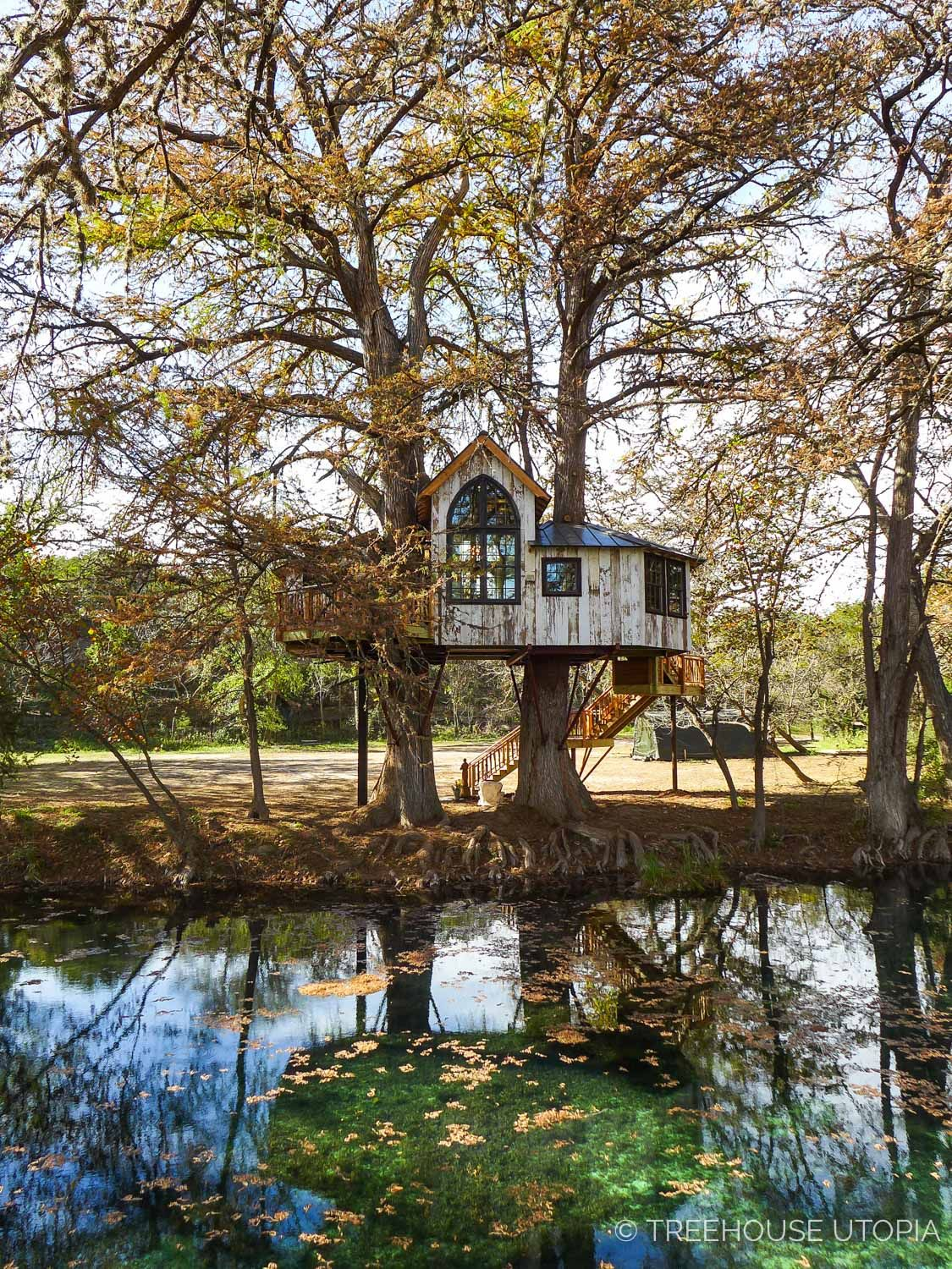 Treehouse Utopia Texas Hill Country Retreat Cool tree