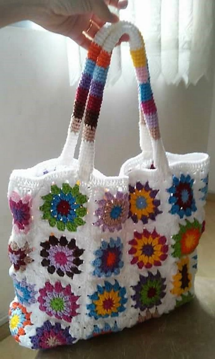 Adorable Design Ideas for Crocheted Bags #bags