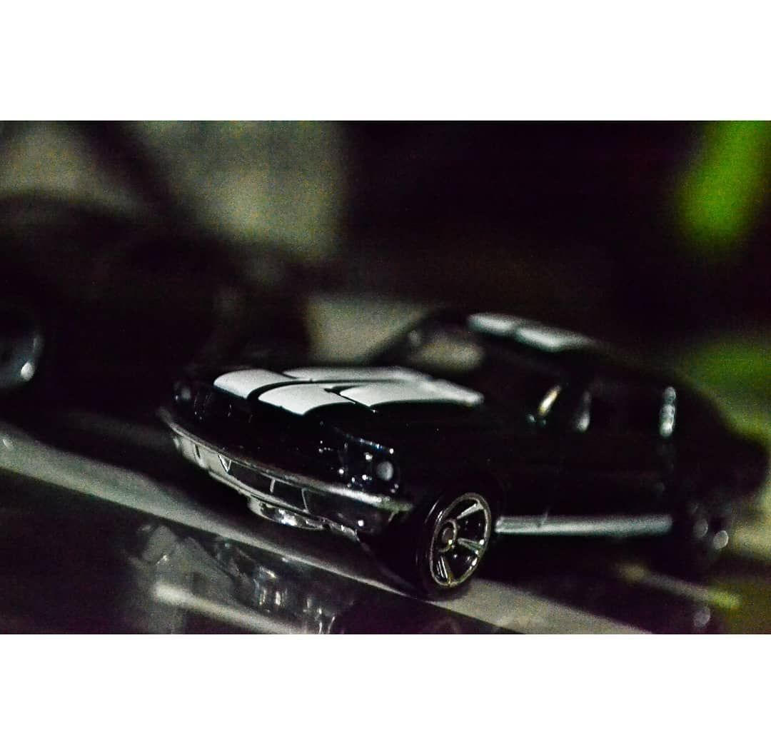 Ford Mustang 67 Seri Fast And Furious Tokyo Drift Cerita Mobil Ini Yang Menjadi Andalan Di Cerita Final Jeep Gladiator New Cars Fiat Chrysler Automobiles