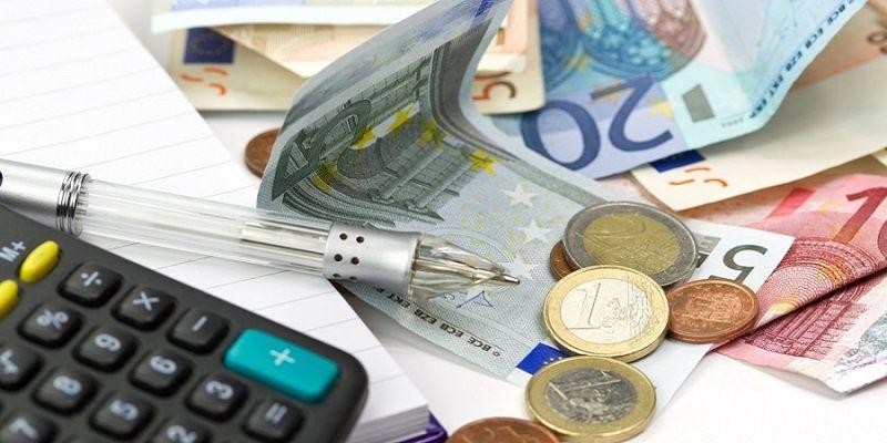 Όμηροι των φόρων: Θα πληρώσουμε επιπλέον 4,5 δισ. ευρώ το 2017!