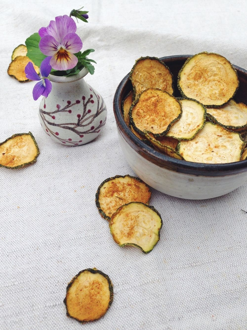 Zingy Zucchini Bites- healthy veggie chips with a bite that are #raw, #cheesy AND #vegan - A Little Rosemary and Time